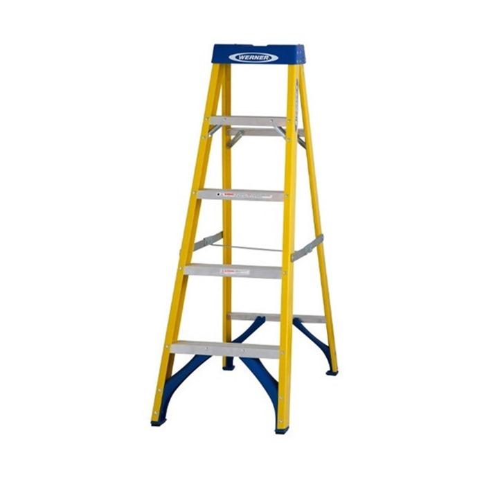 Werner 716 Fibreglass Swingback Step Ladder