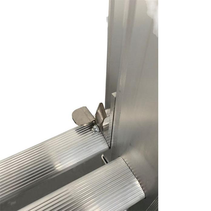 DMAX Triple Extension Ladder - Adjustable Stabiliser