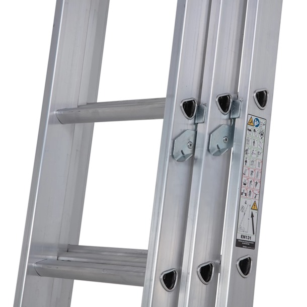 Werner 723 Trade Triple Extension Ladders
